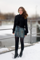 black H&M blouse - blue River Island skirt - black Urban Outfitters leggings - b
