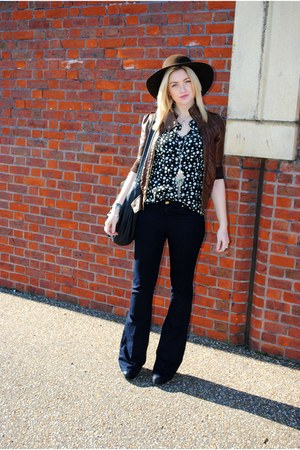 black Office boots - navy jessie flares Topshop jeans - floppy hat next hat - br