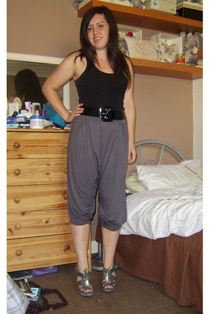 black new look top - gray Topshop pants - silver Carvela shoes