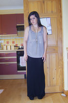 River Island top - gold Topshop earrings - gold Topshop necklace - black River I