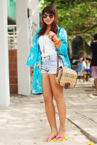 levis shorts - vintage kimono cape - sandals