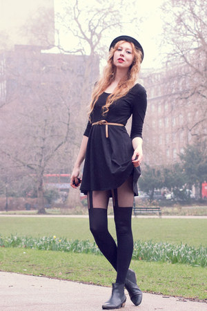 black chelsea asos boots - black H&amp;M dress - black bowler H&amp;M hat