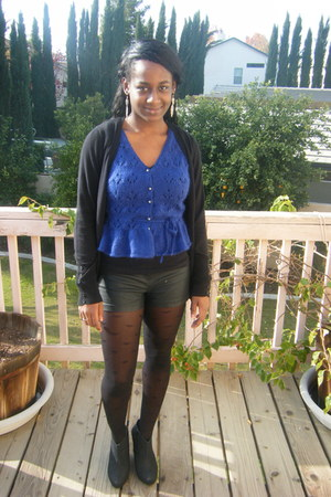 black Forever 21 cardigan - vest - black Forever 21 shorts - tights - black urba