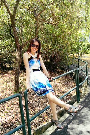 sky blue xysteria dress - silver Bata heels