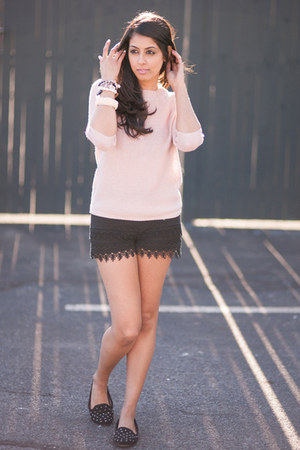 black H&M shorts - light pink Forever21 sweater