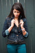 forest green American Eagle jeans - navy American Eagle jacket