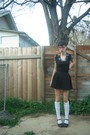 Black-sprit-skirt-white-sock-dreams-socks-black-thrifted-shirt