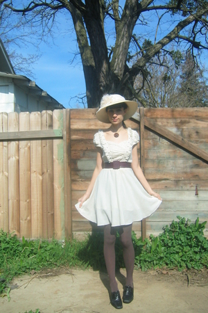 beige Ebay dress - black thrifted shoes