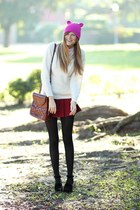 ruby red Tea and Tulips skirt - off white Tea and Tulips sweater