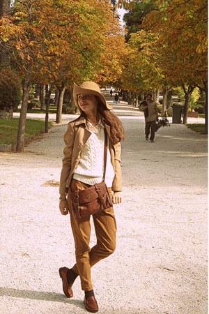 camel H&M hat - camel Stradivarius blazer - burnt orange bag