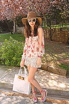 ivory ted baker bag - camel H&M hat - ivory crochet Chicwish shorts