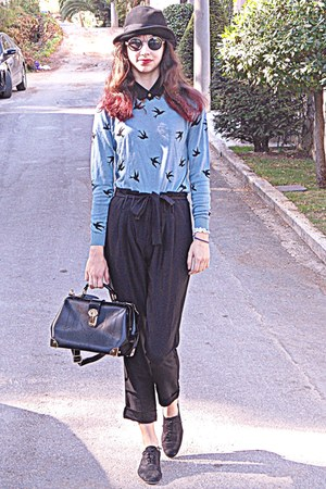 black Chicwish bag - black oxford shoes - black hat