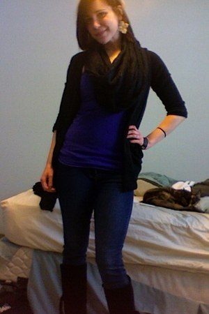 black me too boots - black infinity Forever 21 scarf - black Silence & Noise car