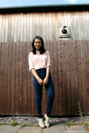 light pink Primark top - navy Zara jeans - aquamarine clockhouse heels