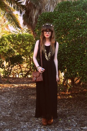 Club Couture dress - thrifted bag - Hobbs clogs