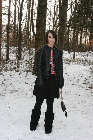 black thrifted purse - black bearpaw boots - pink vintage necklace - black Kenar