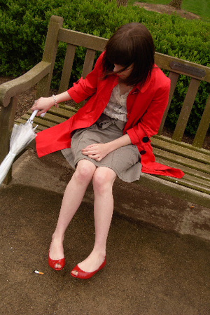 red trench coat BB Dakota jacket - red peep-toe flats Yellowbox shoes