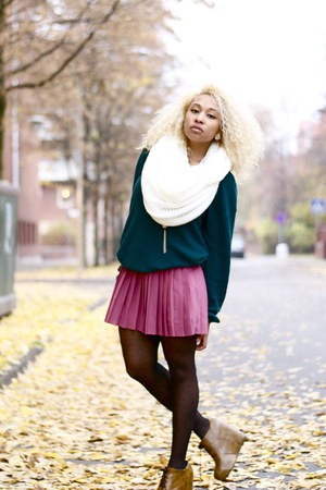 H&amp;M scarf - H&amp;M skirt - Bik Bok panties - JC cardigan - Nellycom wedges