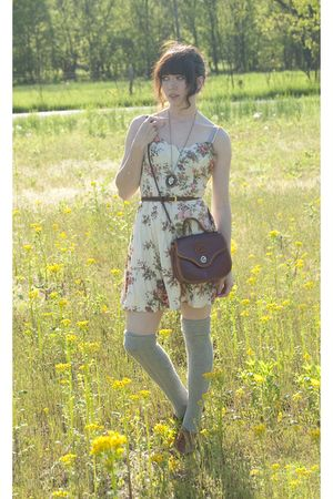 brown bag - brown shoes - white dress - gray stockings
