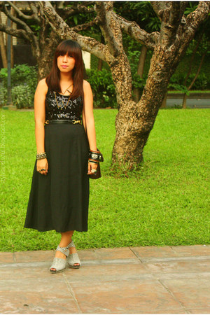 black sequined thrifted top - black thrifted skirt - white Payless heels