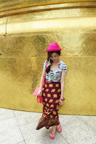 elephants skirt - pink hat - pink TODs bag - rolling stones necklace