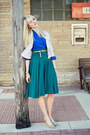Blue-pleated-v-neck-vintage-blouse-green-unknown-skirt