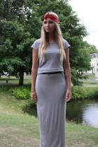 heather gray Zara skirt - heather gray H&M t-shirt