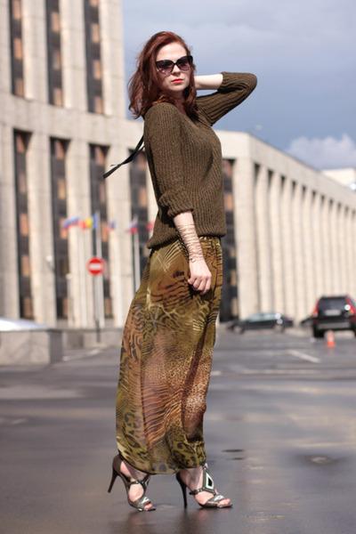 DIY skirt - ASH shoes - Zara sweater - Topshop bracelet