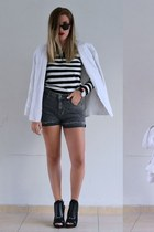 striped Sheinside sweater - heeled Nasty Gal boots - denim Sheinside shorts