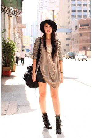black H&amp;M hat - black Zara shorts - olive green H&amp;M socks - nude Monki top - pea