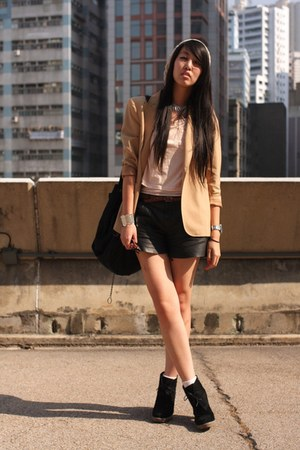 beige Zara blazer - cream random from Hong Kong hat - black Zara shorts