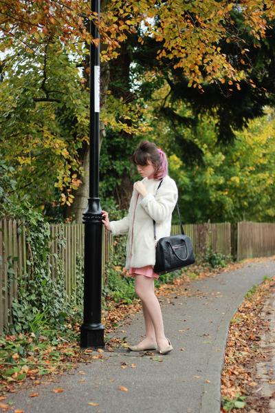 red stripes Ebay dress - white oversized Ebay coat - black black Primark bag