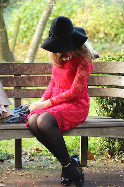 ruby red lace Ebay dress - black fedora Primark hat