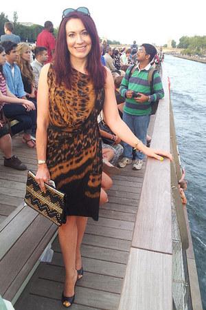 brown Max Azria dress - asos bag - black Carvela heels