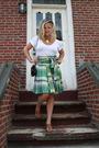 White-aude-t-shirt-green-moschino-skirt-brown-susan-faber-bag-brown-chanel