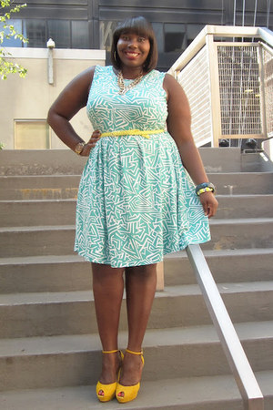 aquamarine geo print asos dress - yellow suede peep toes Aldo heels