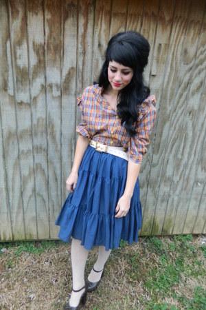light orange side ruffle vintage blouse - beige hearts f21 tights
