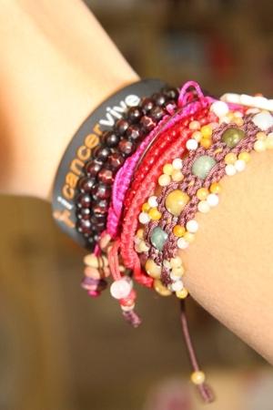 black iCancervive accessories