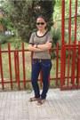 Levis-jeans-mustang-sandals-vogue-glasses-episode-top-massimo-dutti-belt