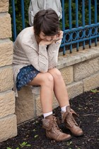 brown kohls boots - blue abercrombie and fitch dress - beige Aerie cardigan