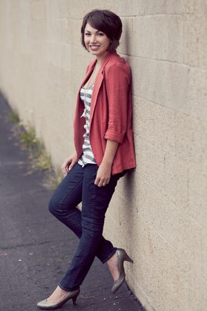 salmon Urban Outfitters blazer - charcoal gray Express blouse
