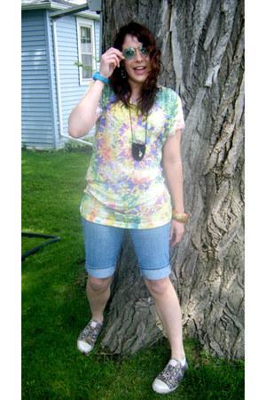 idk glasses - Arizona Jean Co jeans - idk sneakers - Forever 21 bracelet
