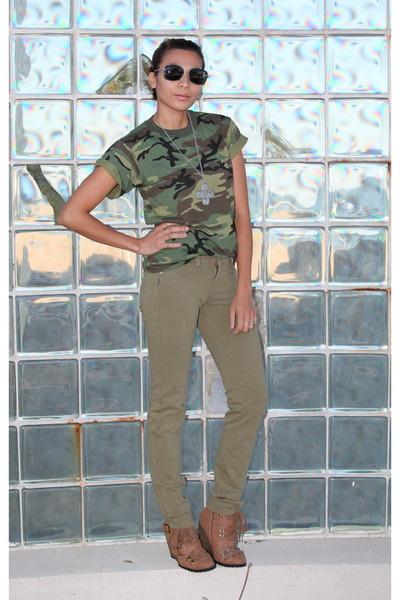Chanel 4184 sunglasses - Charlotte Russe boots - Tellos pants - random t-shirt
