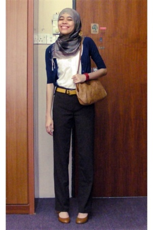 pants - Glassons - Dotti belt - trademe purse - Shoe Warehouse shoes - Wildpair