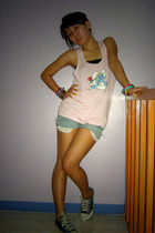 H&M top - DIY shorts - Converse shoes - genevieve gozum top