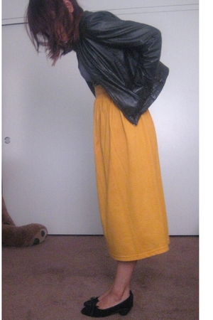 black vintage jacket - gray cereal intimate - yellow vintage skirt - black vinta
