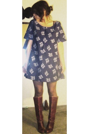 tights - dress - boots