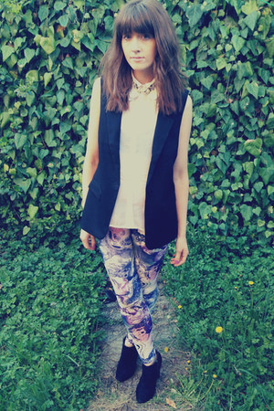 sleeveless H&amp;M blazer - marble print Primark leggings - sheer H&amp;M shirt