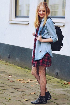 Sacha boots - Primark dress - Claires tights - vintage bag - Monki blouse