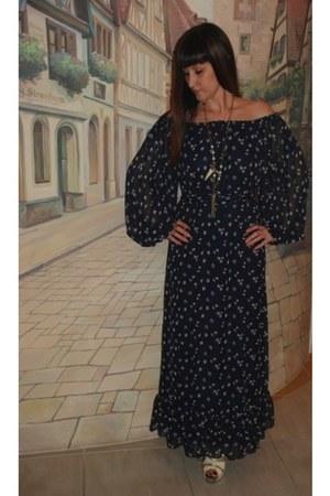 chiffon Victorias Secret dress - gold platform Barbara Bui heels - Dyrberg Kern